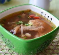 紫灵芝鸡汤的做法
