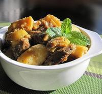 咖喱牛腩焖土豆的做法