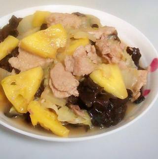 菠萝白菜炒肉的做法