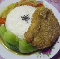午餐便当菜单:咖喱猪排饭的做法