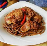 豇豆干香肠飞鸭煲的做法