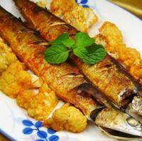 花菜烤秋刀鱼的做法
