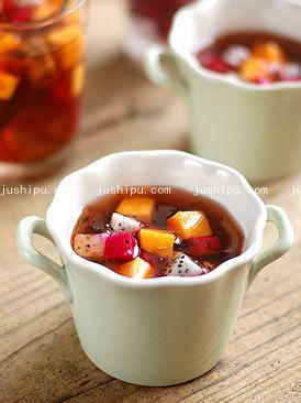 桃胶水果捞的做法