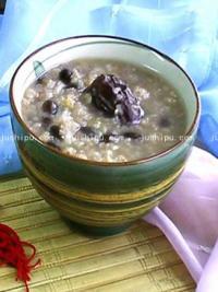 早餐 黑豆小麦粥的做法