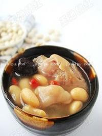家常菜 芸豆猪手汤的做法