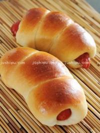 海螺香肠面包的做法