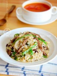 青椒牛肉炒饭的做法