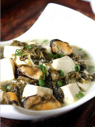 咸菜炖豆腐的做法 www.meitianmeiwei.com