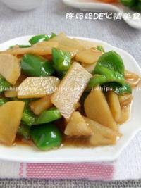 土豆片炒青椒的做法